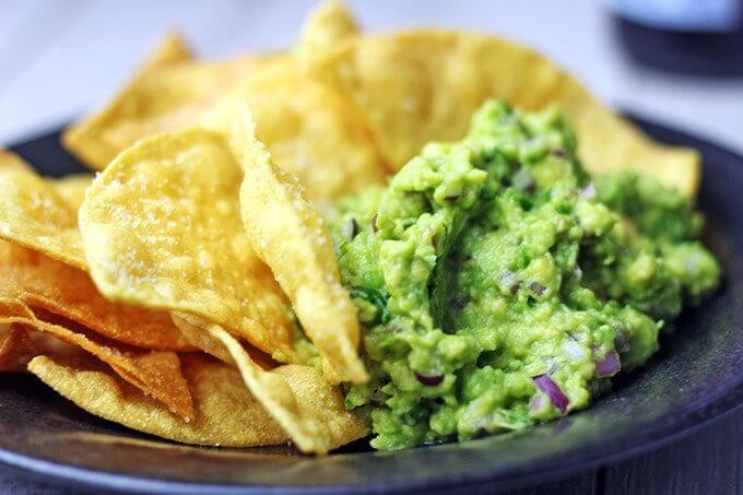 Taco su guacamole ir aštriąja salsa