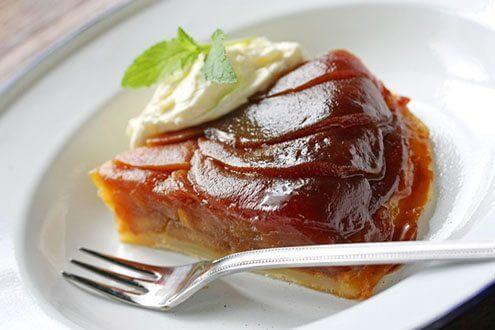 Tarte tatin – karamelinis pyragas su obuoliais